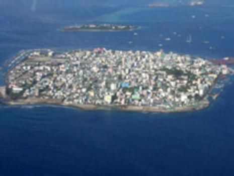 Republic of Maldives: Vulnerable to sea level rise.