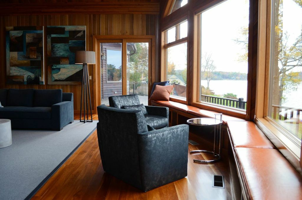 New window seats in the living room that can accommodate wet bathing suits.