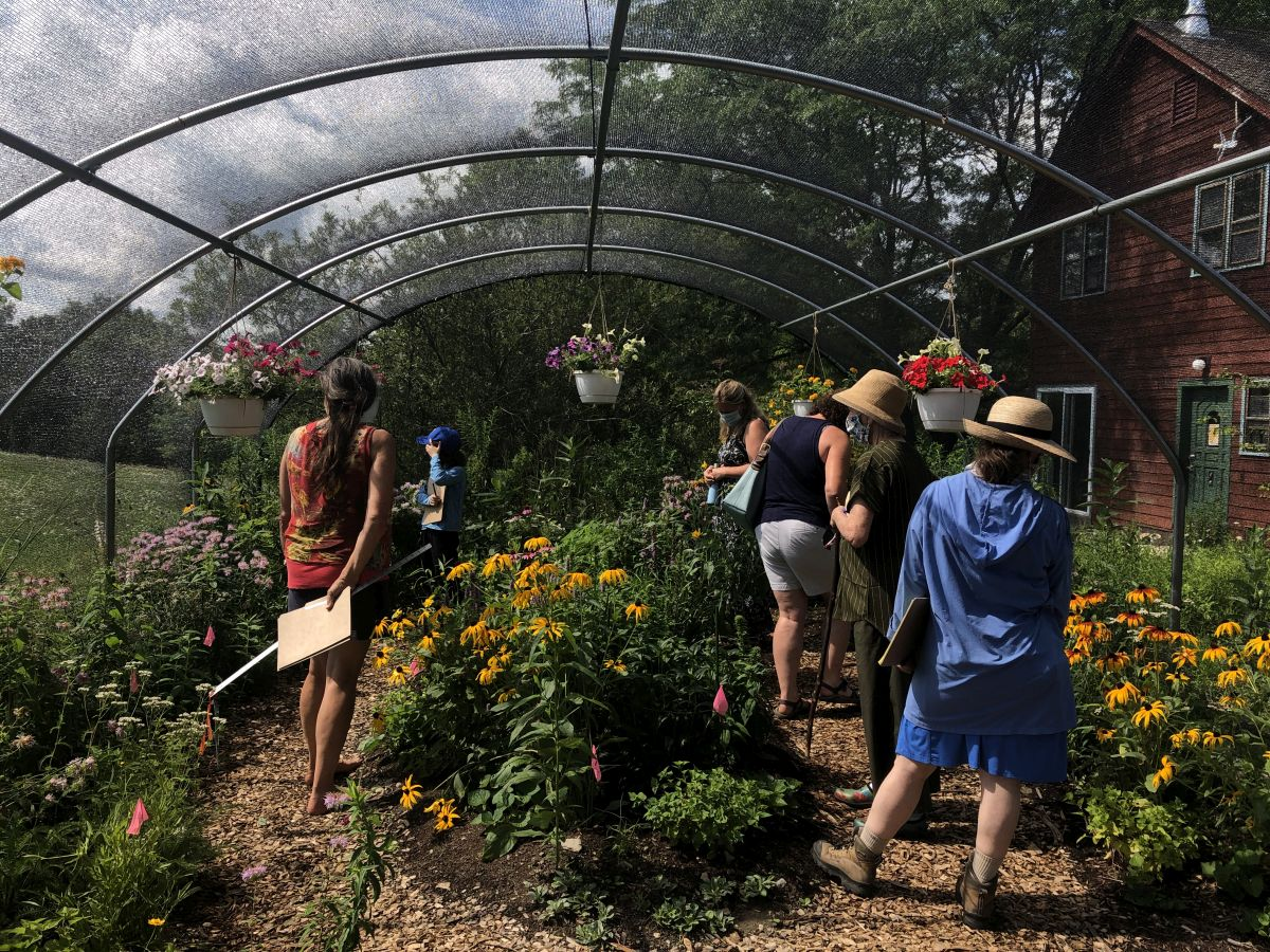 OPEN HOURS FOR BUTTERFLY HOUSE, NATIVE PLANT GARDEN, AND TRAIL